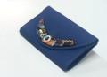 clutch abalorios azul