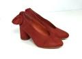 zapato caldera con escote en V