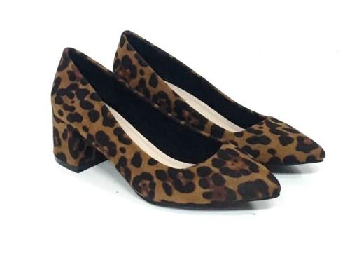 zapato de leopardo con tacon ancho